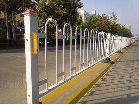 XHA-HL-2东莞道路防锈镀锌道路护栏、京式护栏生产厂家批发